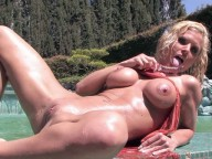 Vidéo porno mobile : Crazy blond with big fake boobs gets anal and anal creampie
